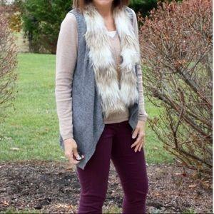Evereve Fur Collar Sweater Vest